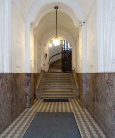 Eingang Weyrg.8